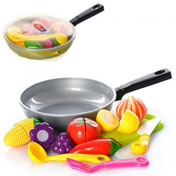 13223 Продукты 685 (84шт) на липучке, сковорода, досточка,ложка, лопатка, в сетке,31-19-4см